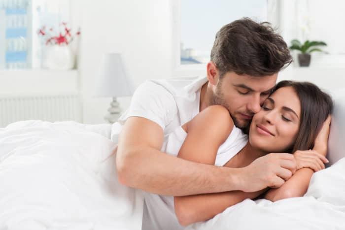 Estudos comprovam: Ir para a cama sem resolver uma briga pode ser ...