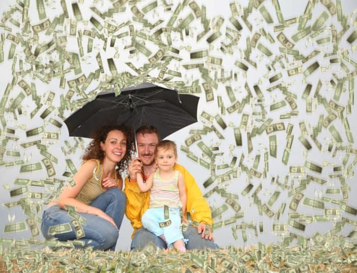 Sua Vida Deve Ser Muito Vazia Mesmo Para Você Gastar: 5 Vilões Do Orçamento Familiar
