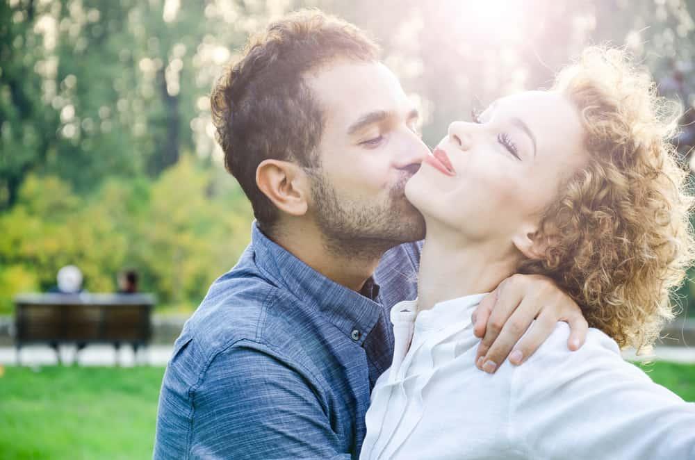 Mensagem De Um Homem Apaixonado: 10 Frases Que Somente Um Homem Apaixonado Fala Para Sua