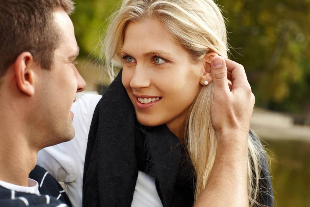 10 coisas que os homens reparam na primeira vez que olham para uma mulher |  Familia