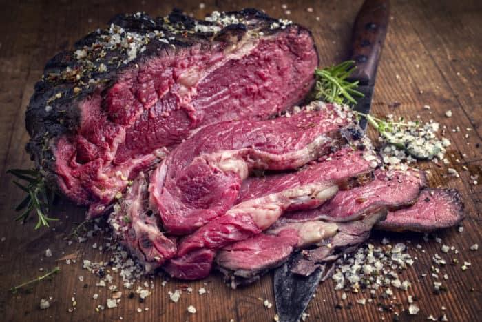 Resultado de imagem para carne podre fedida